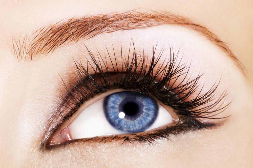 Eyelash-Growth-Serum